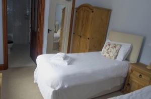 Kestrel Twin Zip/Link Option - En-Suite Wet Room