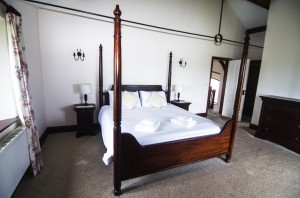Kingfisher Four Poster Bedroom