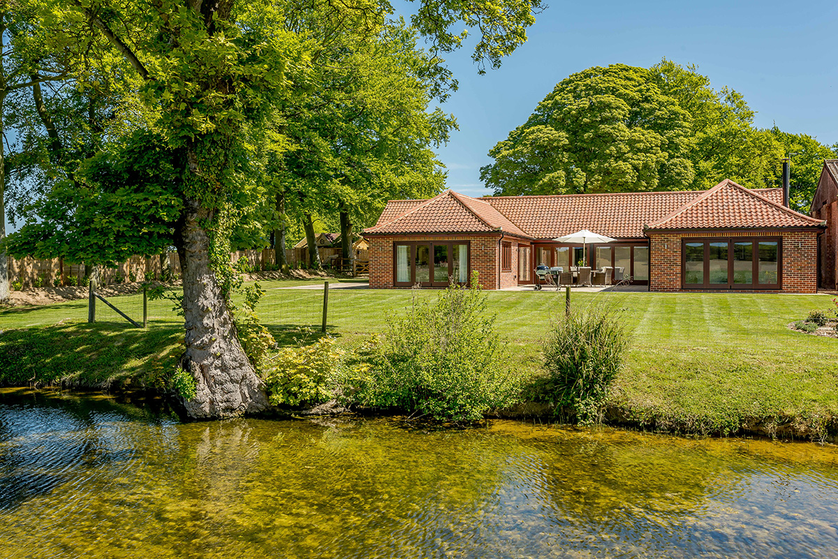 Moat Lodge at Piggyback Barns